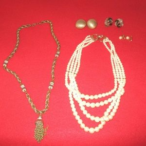 Jewelry - Vintage Jewelry bundle  - pearl necklace & chain